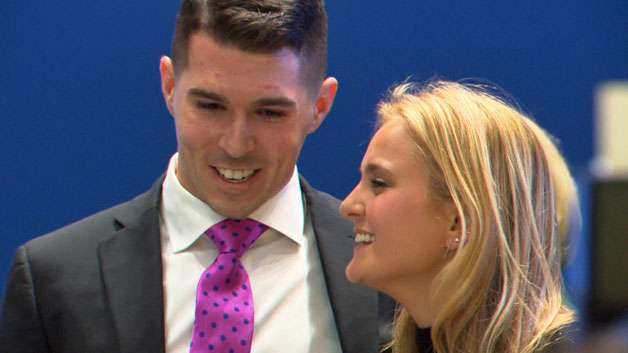 Marathon Bombing Survivor Surprises Rescuer With 'Hero Award'